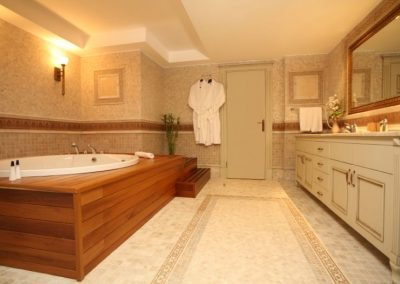 bathroom-showroom-123